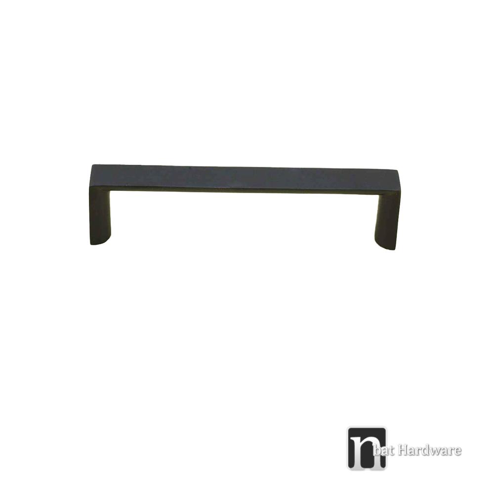 10 kitchen cupboard door drawer handles 160mm matt for Matt black kitchen doors