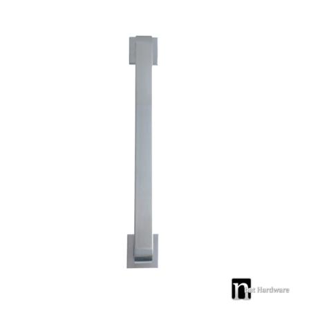 square-door-pull